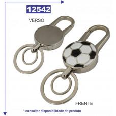 Chaveiro metal em formato de bola personalizado com detalhe em prata escovado no verso, com duas argolas 12542
